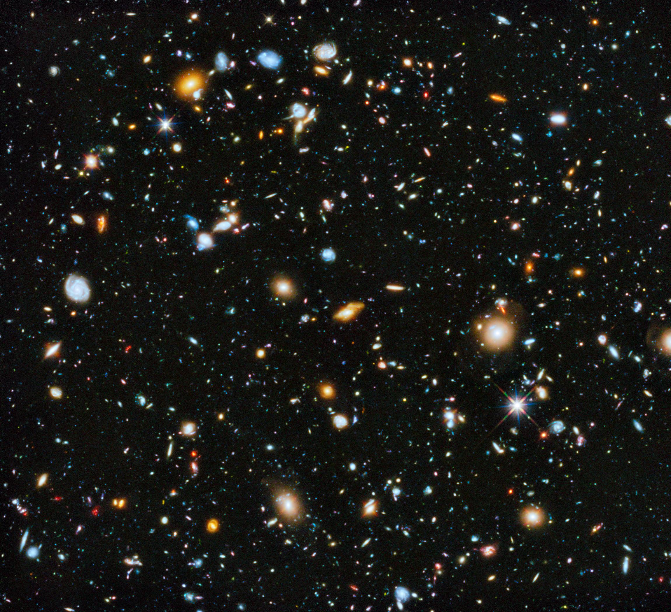3.Mapa cósmico de distribución de la materia. Fuente: Wikimedia