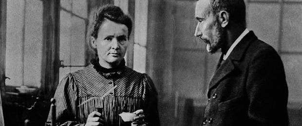 Marie Curie y su marido - Fuente: Wikimedia