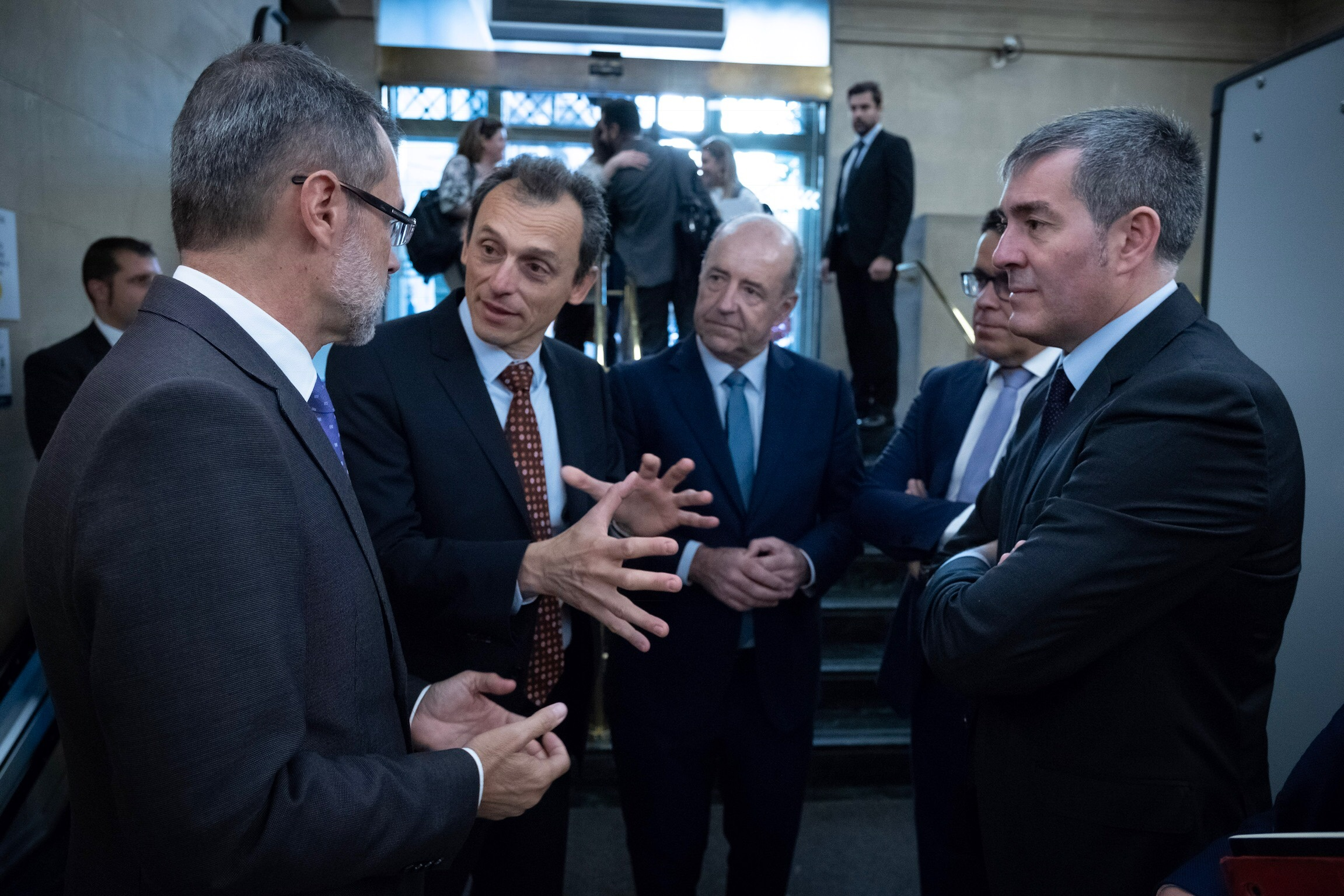 Ministro de Ciencia, Gobierno de Canarias y Cabildo de Fuerteventura en la presentación de Canarias Geo Innovation Program en Madrid. Fuente Gobierno de Canarias